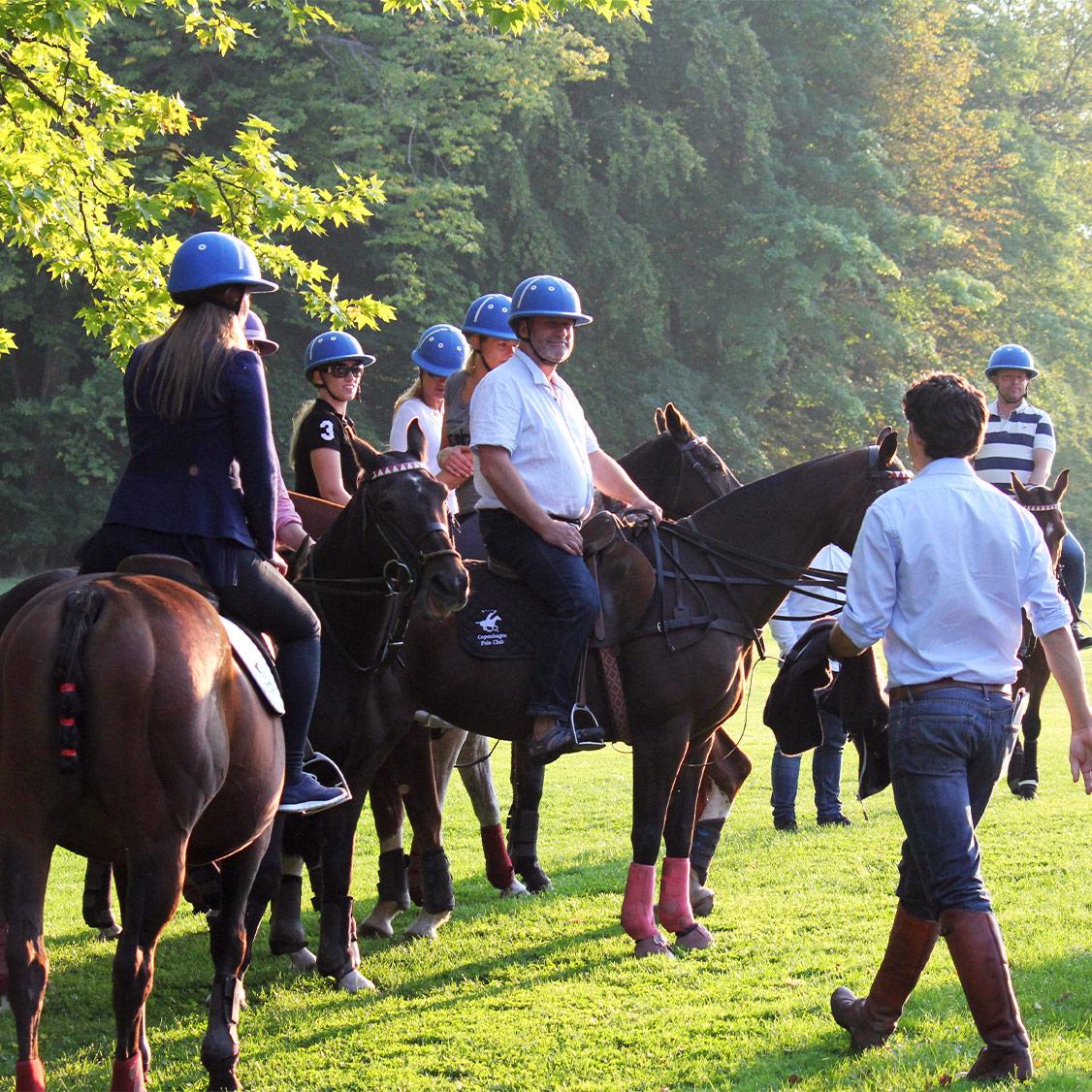 Ridetur på godset hos Copenhagen Polo Club