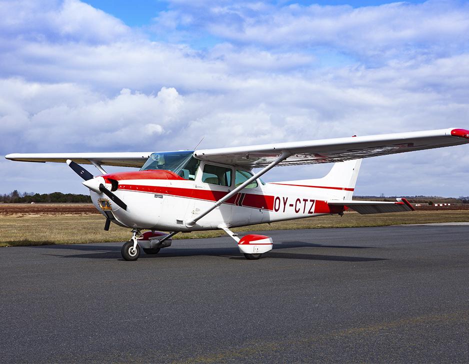Introduktion til motorflyvning hos Midtjysk Flyveklub